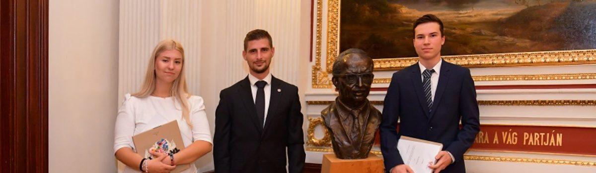 Gábor Dénes ösztöndíjak átadása